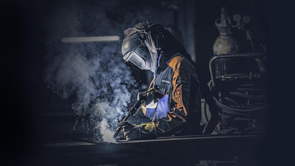 Avoimia työpaikkoja: koneistaja ja hitsaajia