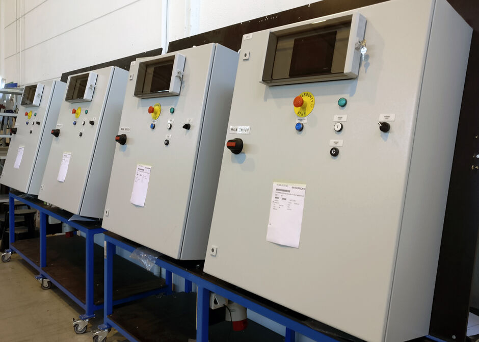 Control cabinets for challenging conditions